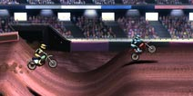 空中翻腾 完美落地 《疯狂摩托车技2》评测