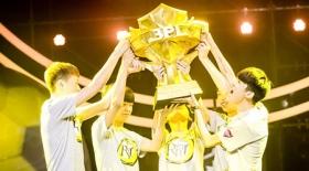 《球球大作战》BPL冠军问答:RBT不需要大腿,全员都是MVP!