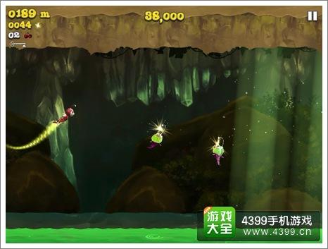 4399手机游戏网 萤火虫向前冲 攻略心得 正文  ps:左屏控制飞行,右屏