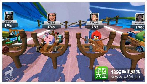 愤怒的小鸟GO团队模式