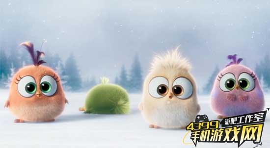 《愤怒的小鸟》演唱圣诞歌