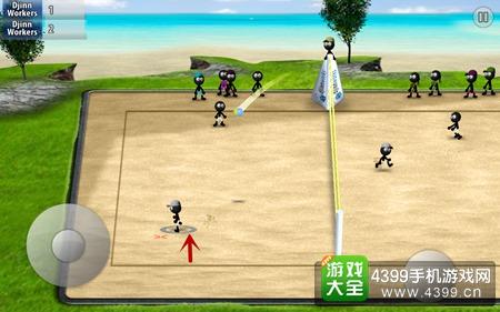 如下图箭头标示处,脚下有灰色圆圈的为玩家操纵中的角色.