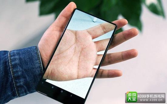 全面屏概念手机小米MIX首卖 瞬间秒光炒出天价