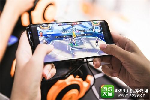 《最强NBA》亮相ChinaJoy 掀起现场竞技试玩热潮4