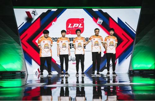 苏宁战队鼎力支持LPL战队奋战S7总决赛