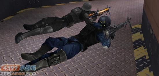 生死狙击游戏截图-高配版和基础版