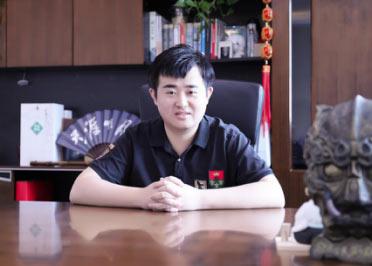 """""""拥国风而行的翩翩总裁""""腾讯游戏年度人物访谈——房庆生"""