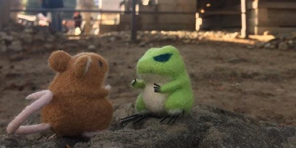 日本玩家自制《青蛙旅行》玩偶 还带他们出去旅行!