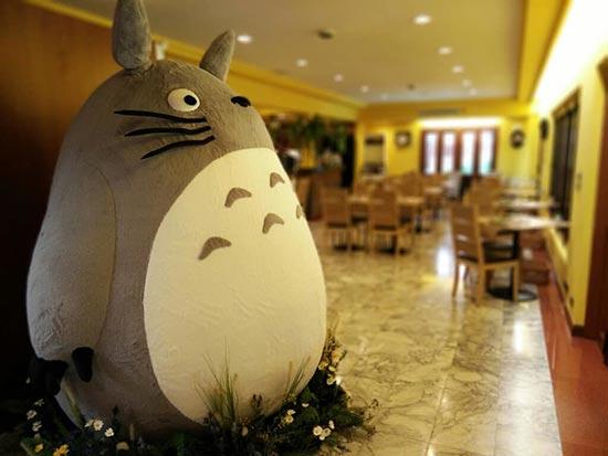 谁给我订一张机票 世界上首家官方授权的龙猫主题餐厅太诱惑人了