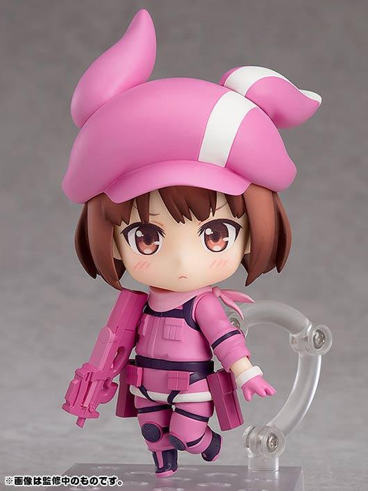 因为喜欢可爱的东西,所以全身的装备也统一都是粉红色.