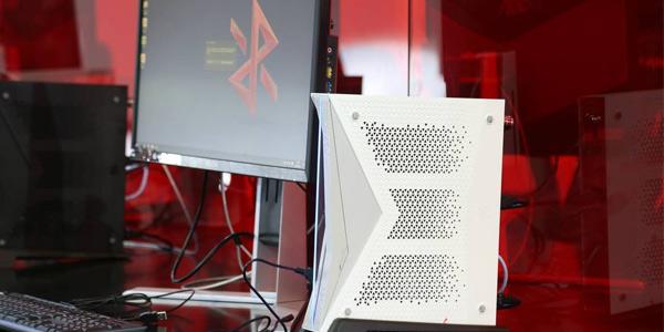 小霸王Z+新游戏电脑公布 售价将近5000元