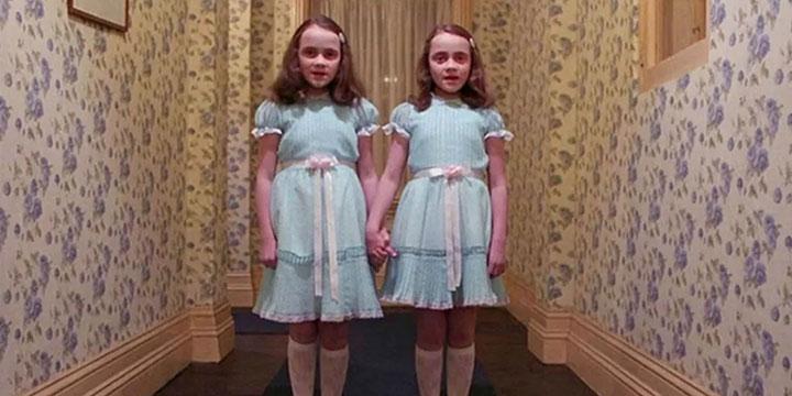 极度恐怖《闪灵》再现,小男孩长大后重回237号房间……