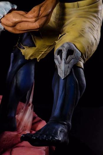 《我的英雄学院》欧尔麦特VS脑无雕像,这肌肉线条...买它!